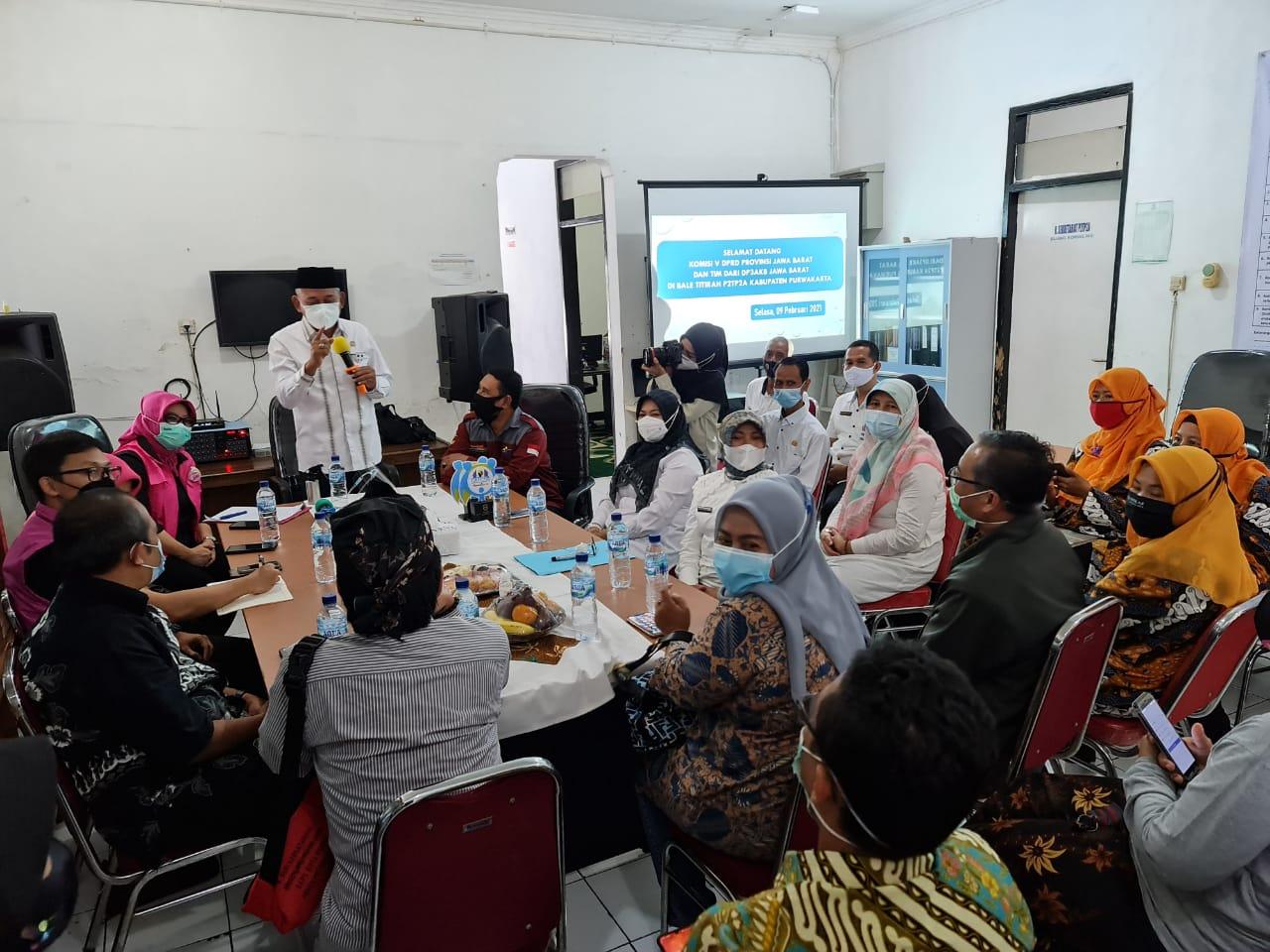 Selasa, 09 Februari 2021 Menerima Kunjungan Kerja Komisi V DPRD Provinsi Jawa Barat di Bale Titirah P2TP2A